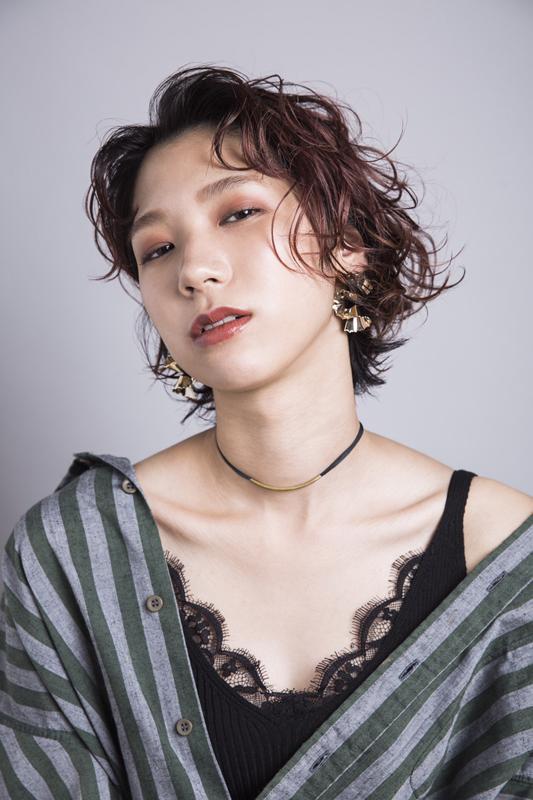 model : ousugi hair: take make: yama photo: misuzu